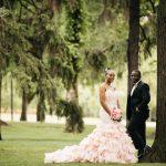 wedding photos at alberta legislature building, edmonton