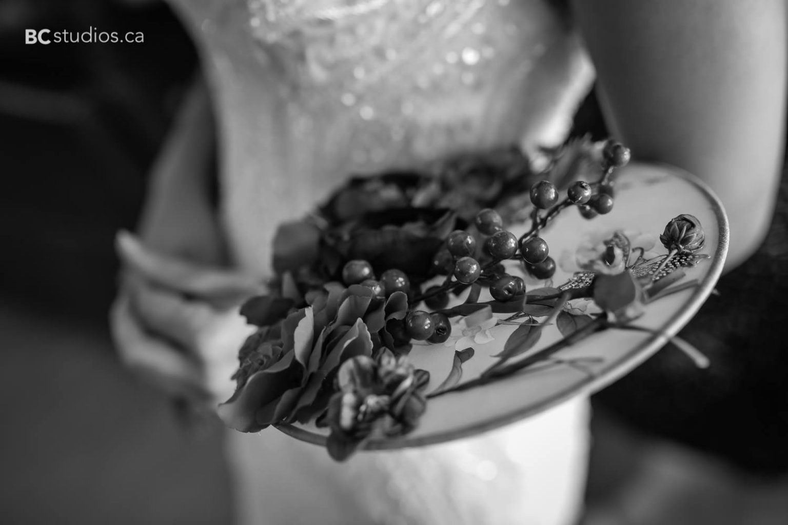 wedding at edmonton oilfield technical society. bride getting ready. Chinese bouquet details.