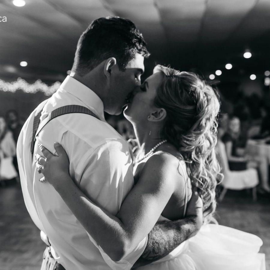 0785-behiels-wedding-bar-b-q-acres-edmonton-wedding-photographer