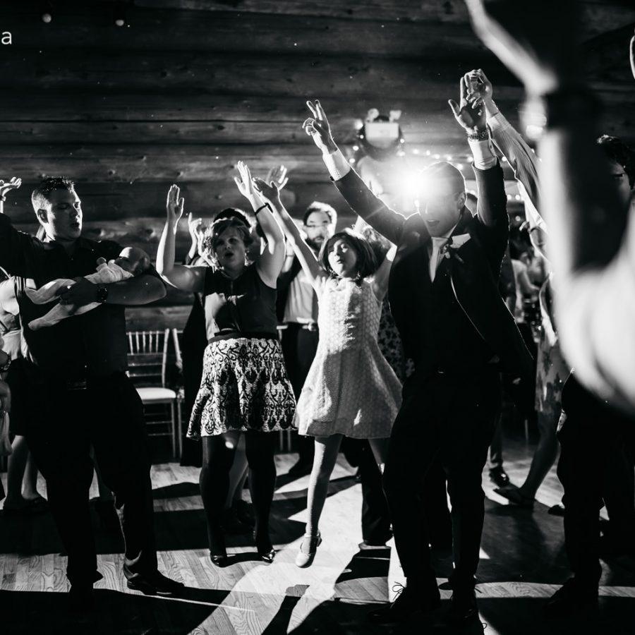 3809_wed_mayotte-the-country-lodge-wedding-edmonton-wedding-photographer