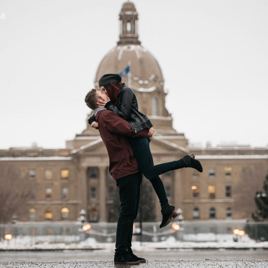 0683_eng_kuzyk-edmonton-engagement-photographer-winter-engagement-session-alberta-legislature-building