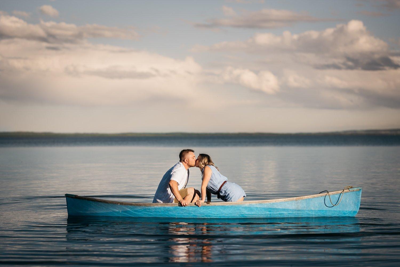 edmonton wedding photographers - lake kayak engagement session wabamun lake