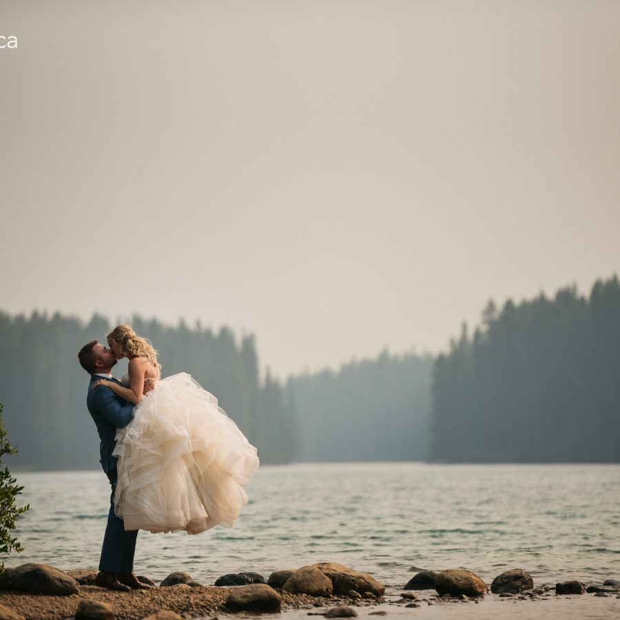 ferguson-wedding-box-cube-photography-canmore-rundle-park-20-of-21