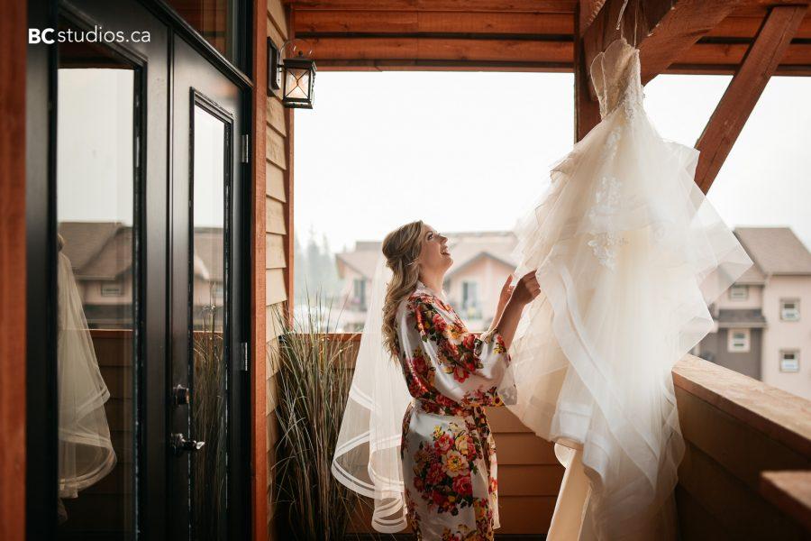 ferguson-wedding-box-cube-photography-canmore-rundle-park-5-of-21