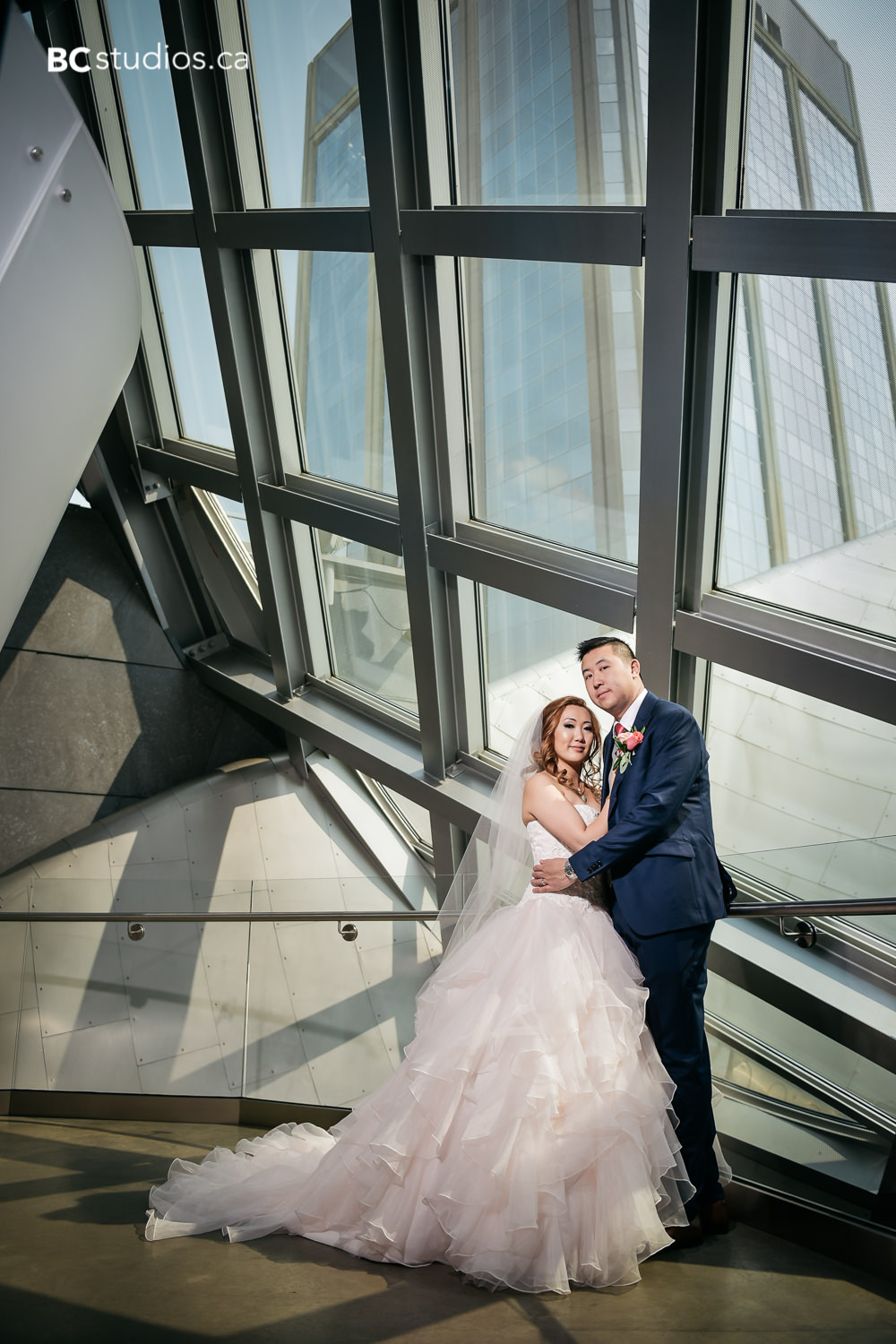 wedding at art gallery of alberta