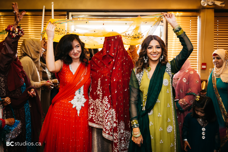 pakistani wedding - mehndi - mirage banquet hall